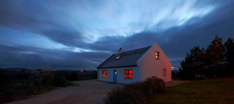 Awe Inspiring Bunbeg Holiday Cottage On The Beautiful North West Coast Of Download Free Architecture Designs Ferenbritishbridgeorg